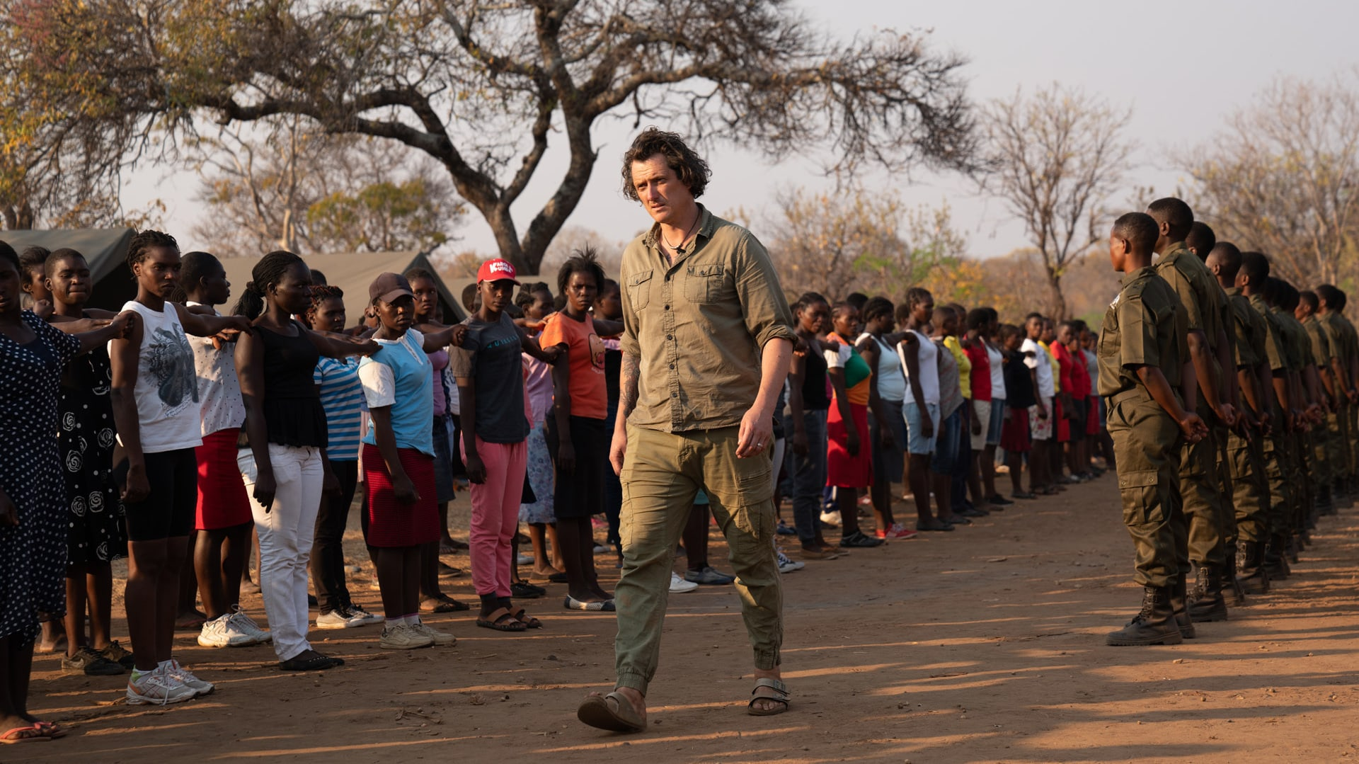 Zimbabwe - Damien Mander with Akashinga Rangers and recruits. (Kim Butts)