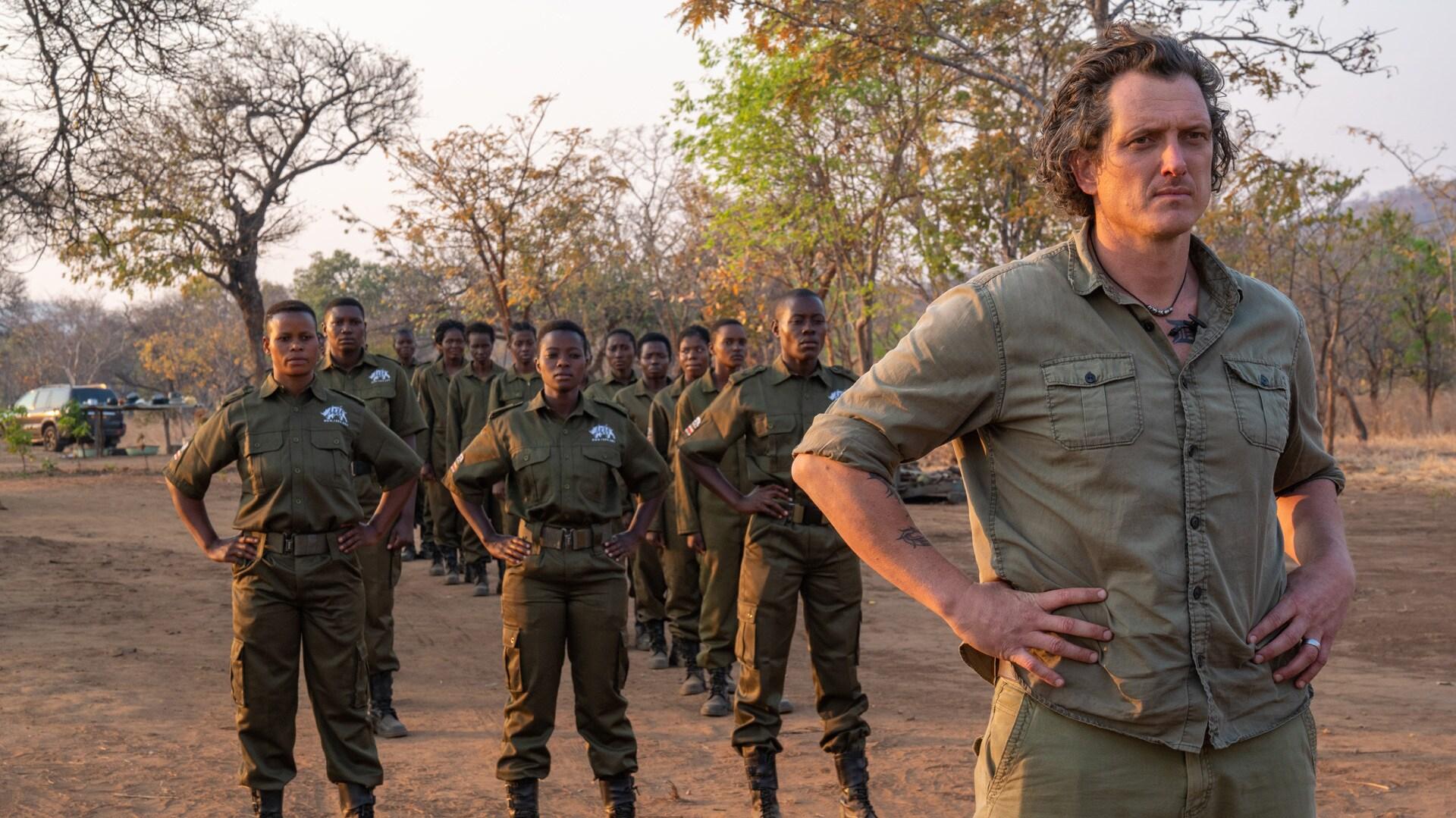 Zimbabwe - Damien Mander with Akashinga recruits. (Kim Butts)
