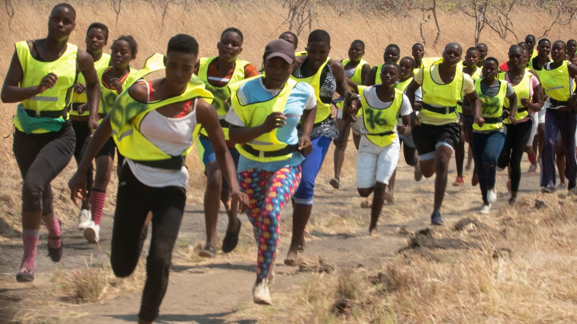 Zimbabwe - Akashinga recruits training. (Kim Butts)