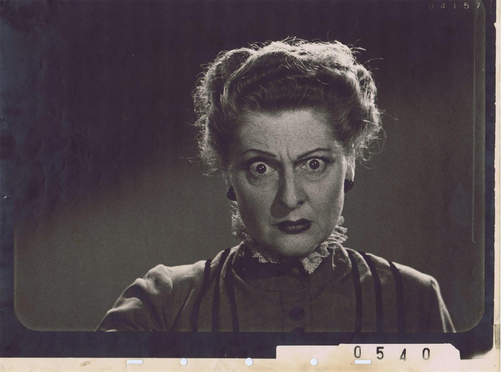 Eleanor Audley interpretou a madrasta da Cinderella e a Malévola