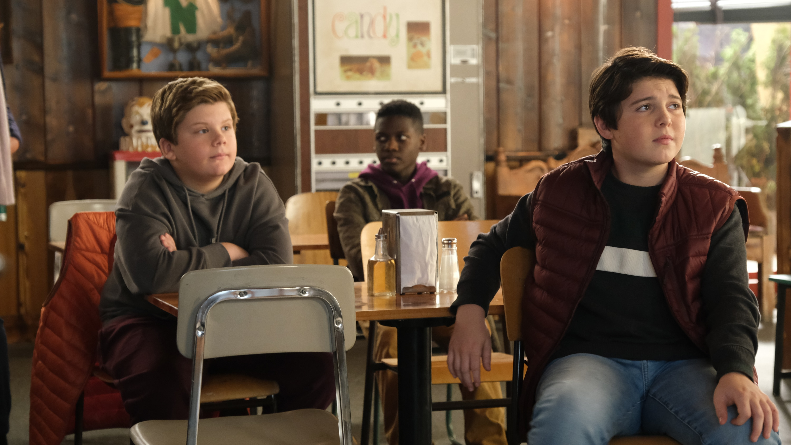 "THE MIGHTY DUCKS: GAME CHANGERS - ""Breakaway"" - Alex tries to be a real coach, Evan recruits Sofi, and the team gets unexpected help...from Bombay.  (Disney/Liane Hentscher) MAXWELL SIMPKINS, BRADY NOON"