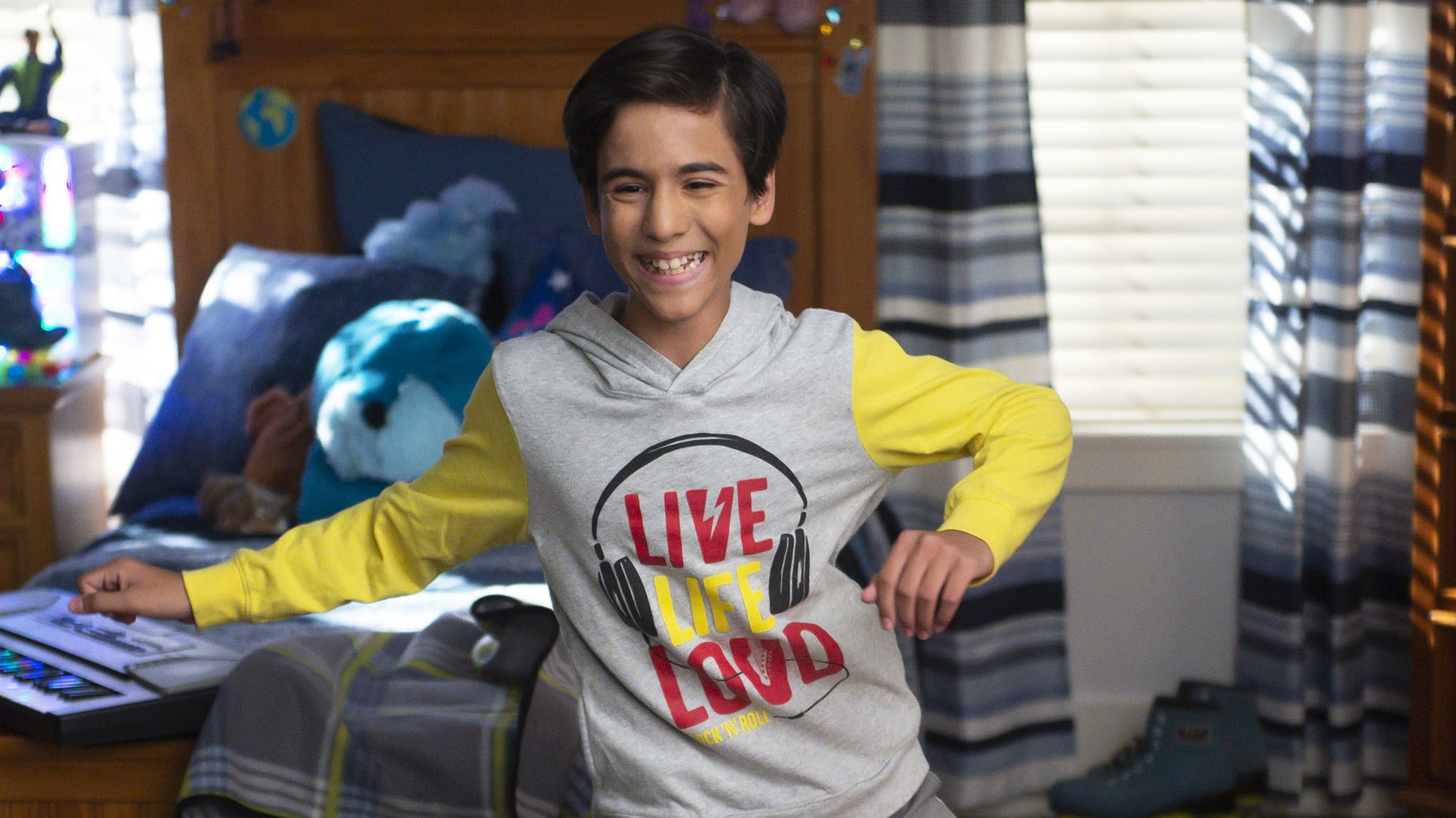 """HIGH SCHOOL MUSICAL: THE MUSICAL: THE SERIES - """"The Quinceañero"""" (Disney/Fred Hayes) NOAH RICO"""