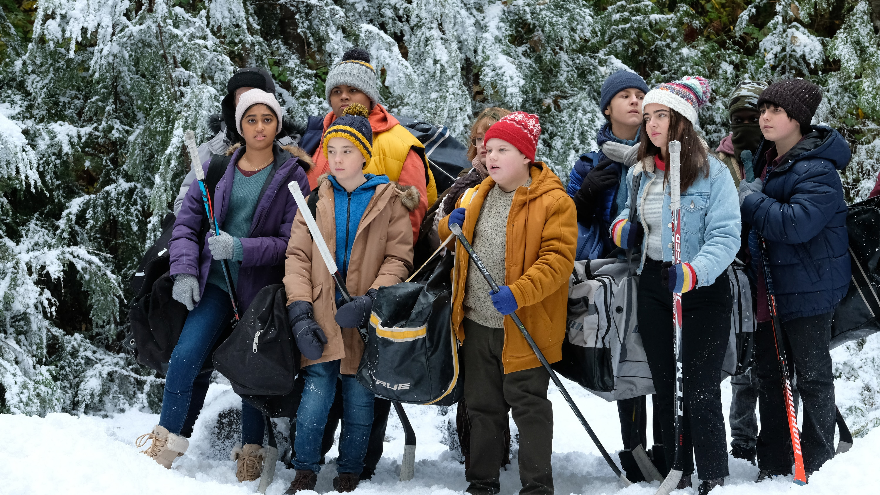 """THE MIGHTY DUCKS: GAME CHANGERS - """"Pond Hockey"""" - With the team mad at Evan, and Alex unsure of her coaching skills, Bombay brings them somewhere new. (Disney/Liane Hentscher) SWAYAM BHATIA, ZENON BROWN, MAXWELL SIMPKINS, TAEGEN BURNS, BRADY NOON"""