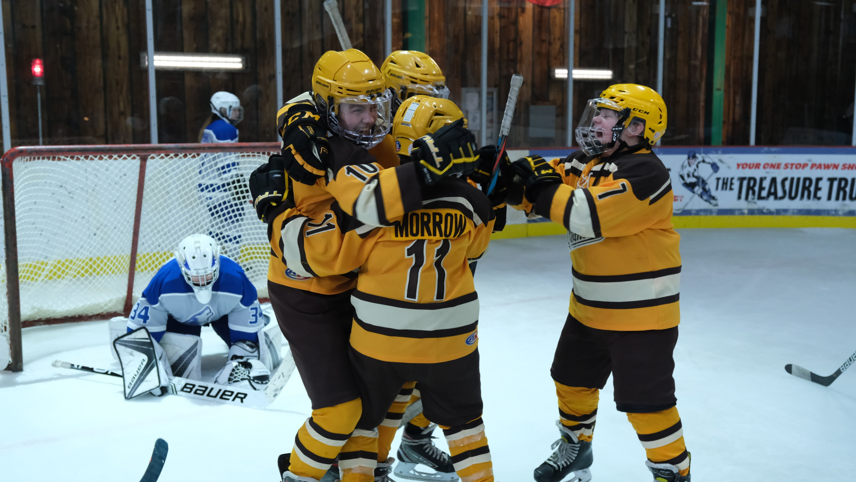 """THE MIGHTY DUCKS: GAME CHANGERS - """"Change on the Fly"""" - With the State Tournament on the horizon, Alex realizes she likes winning more than she thought. (Disney/Liane Hentscher) THE MIGHTY DUCKS: GAME CHANGERS"""