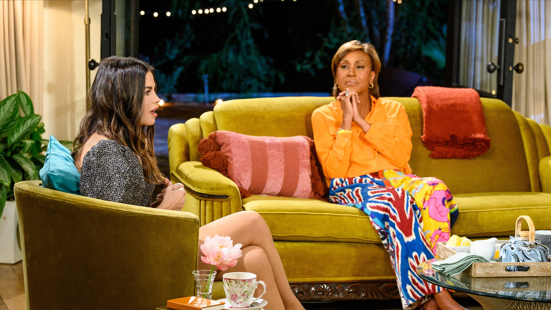 "TURNING THE TABLES WITH ROBIN ROBERTS - ""Episode 101"" - Jenna Dewan, Sofia Carson, Debbie Allen. (Disney/Richard Harbaugh) JENNA DEWAN, ROBIN ROBERTS"