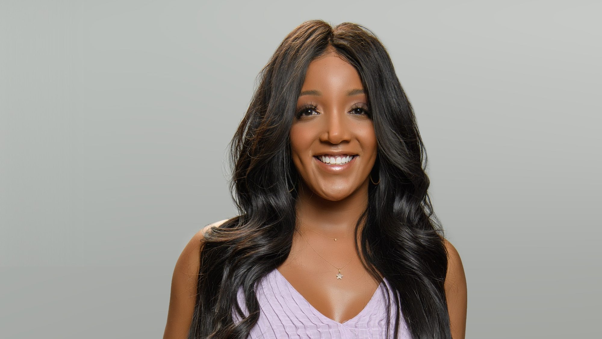 """TURNING THE TABLES WITH ROBIN ROBERTS - """"Episode 103"""" - Billie Jean King, Jamie Lee Curtis, Mickey Guyton. (Disney/Richard Harbaugh) MICKEY GUYTON"""