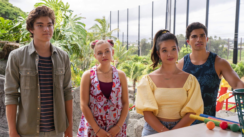 "DOOGIE KAMEALOHA, M.D. - ""Lahela & Stitch"" - Lahela must perform an appendectomy on Walter, and Clara considers a big career move. (Disney/Karen Neal) MATTHEW SATO, EMMA MEISEL, PEYTON ELIZABETH LEE, ALEX AIONO"