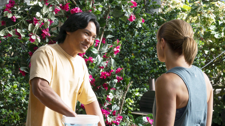 "DOOGIE KAMEALOHA, M.D. - ""Dunk Cost"" - Benny helps Lahela rebalance after a new passion goes too far; Clara goes hard for Chief of Staff. (Disney/Karen Neal) JASON SCOTT LEE"