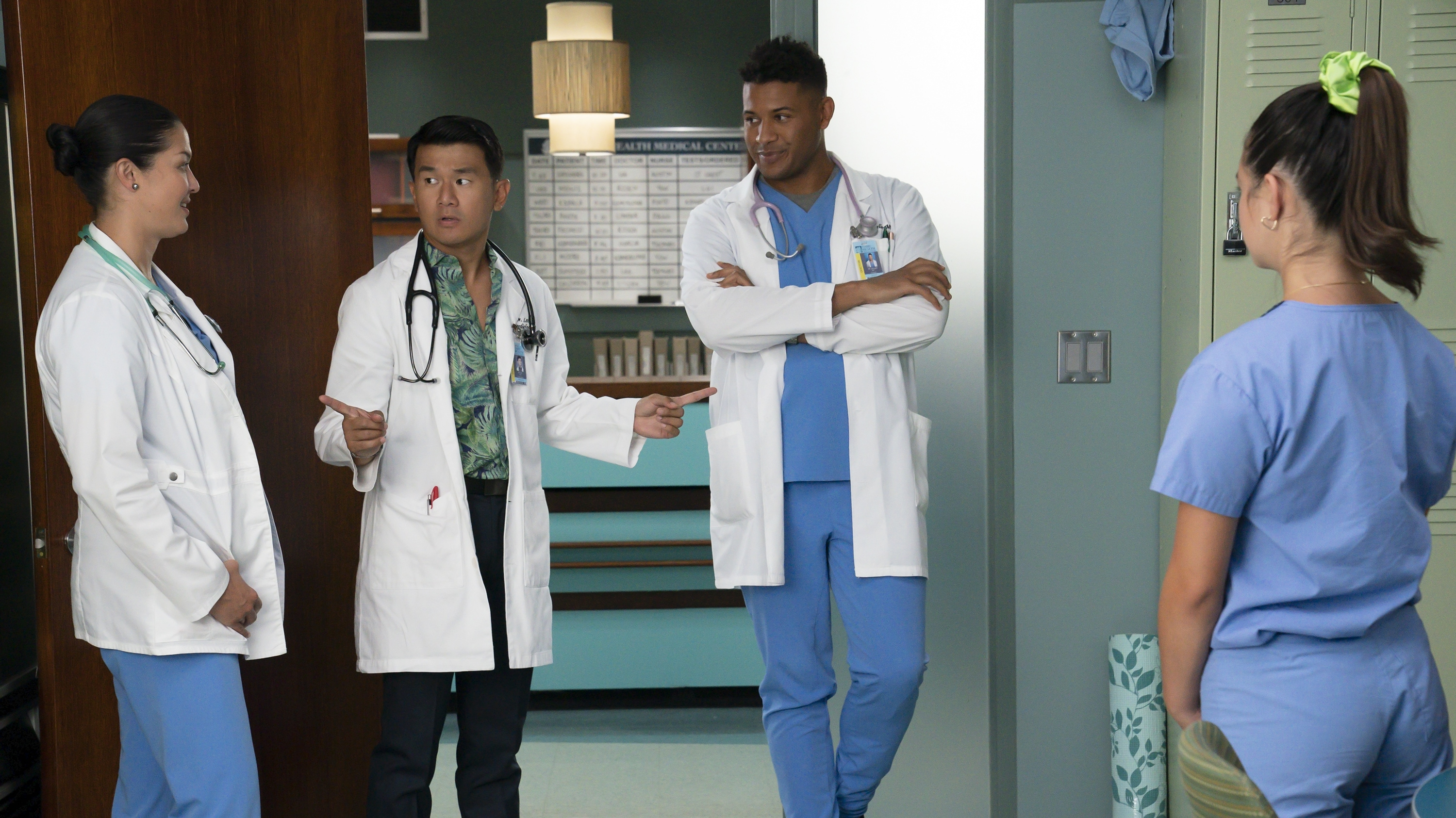 """DOOGIE KAMEALOHA, M.D. - """"Career Babes"""" - Lahela tries to fit in by joining the high school dance team; Kai's new passion worries his parents. (Disney/Karen Neal) MAPUANA MAKIA, RONNY CHIENG, JEFFREY BOWYER-CHAPMAN"""