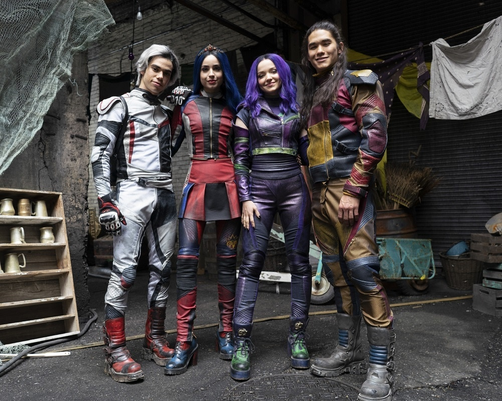 Descendants 3 Cast New Looks