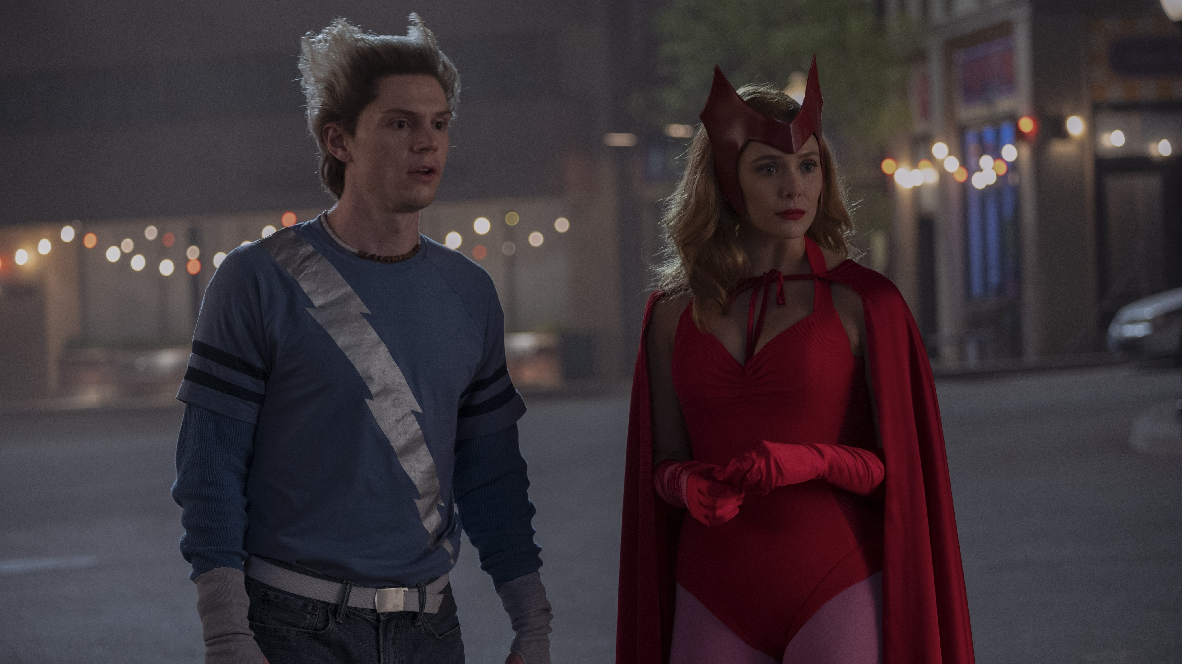(L-R): Evan Peters as Pietro and Elizabeth Olsen as Wanda Maximoff in Marvel Studios' WANDAVISION exclusively on Disney+. Photo by Suzanne Tenner. ©Marvel Studios 2021. All Rights Reserved.