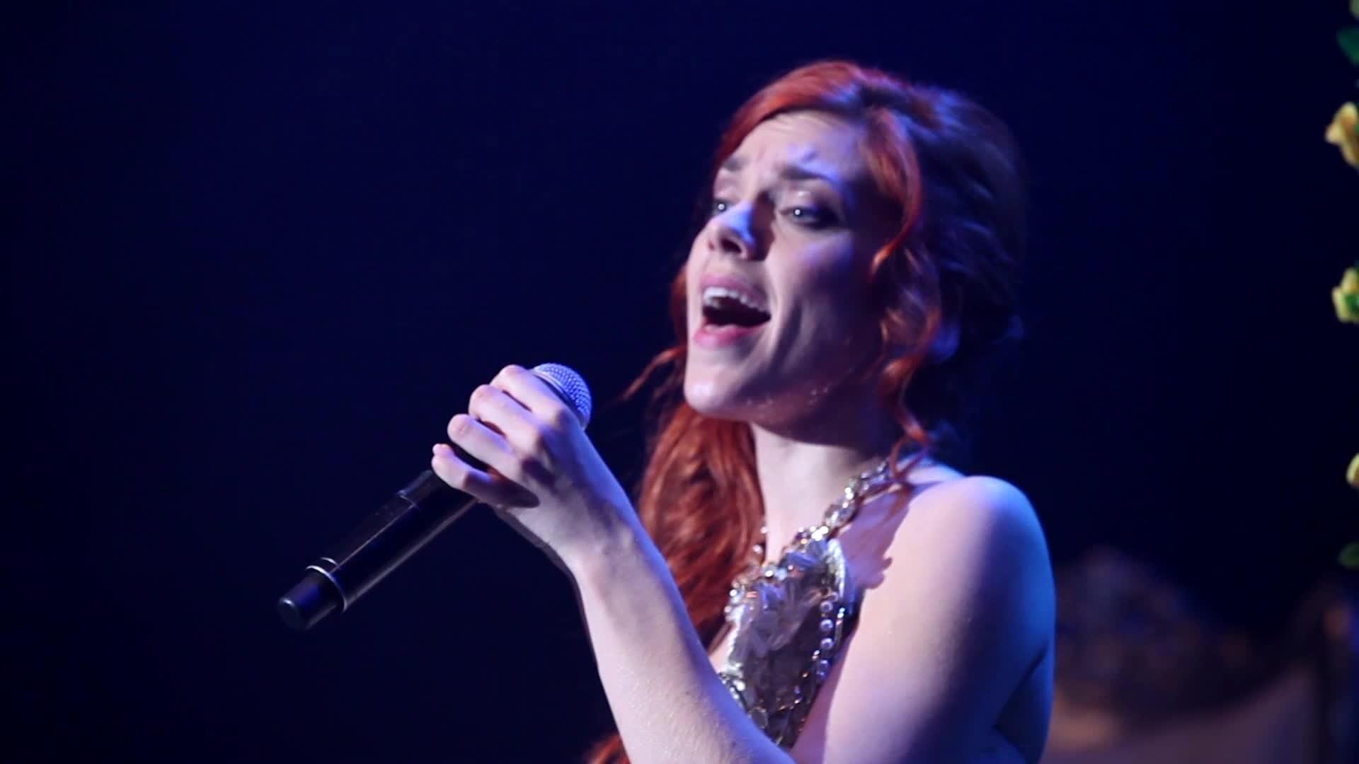 """Anaïs Delva : Extrait du concert """"Libérée Délivrée"""""""