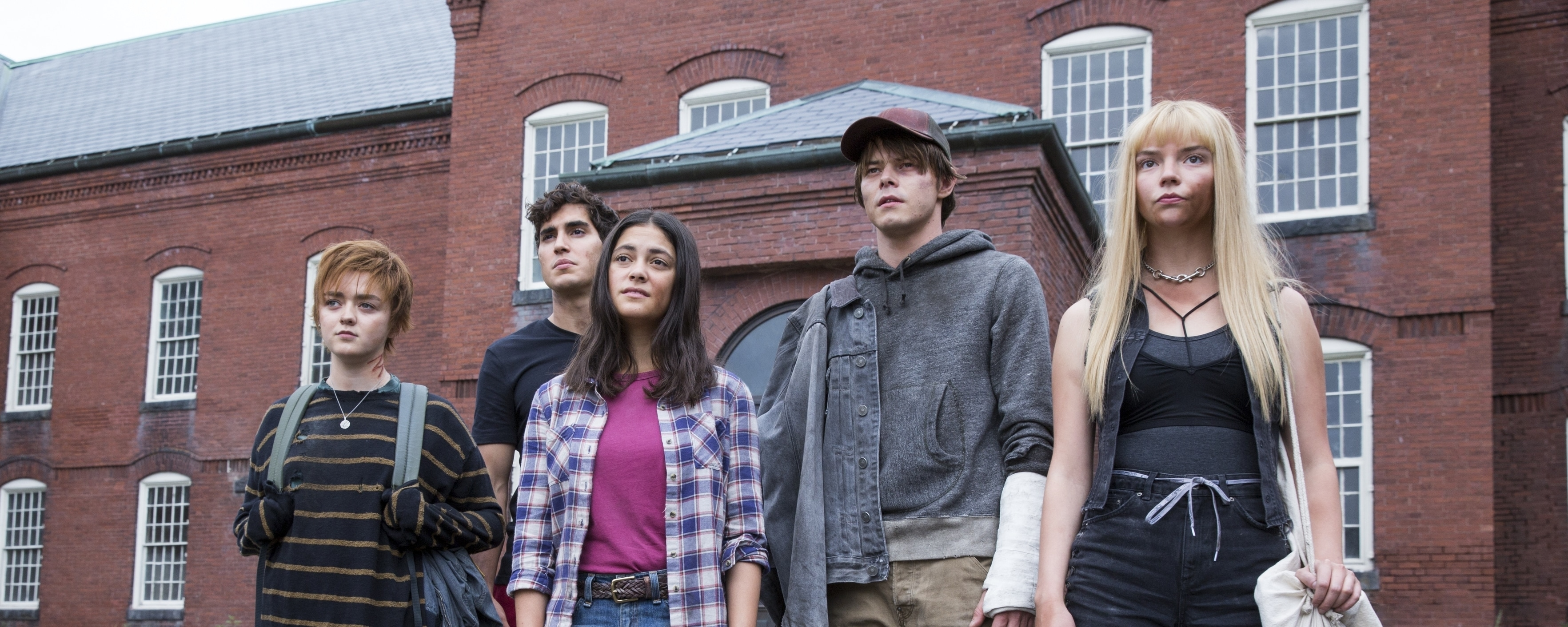 the cast of Marvel's The New Mutants