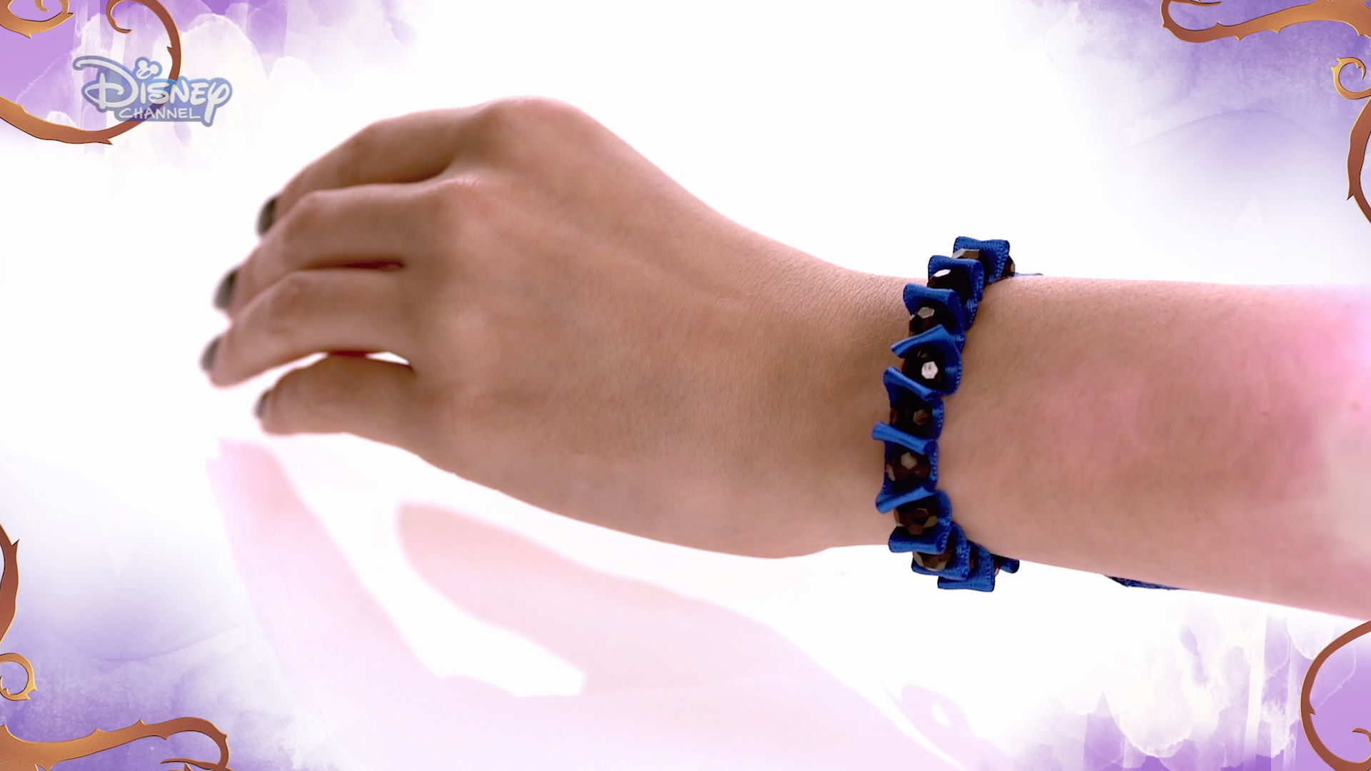 DIY Accessorised Tutorials - Bracelet