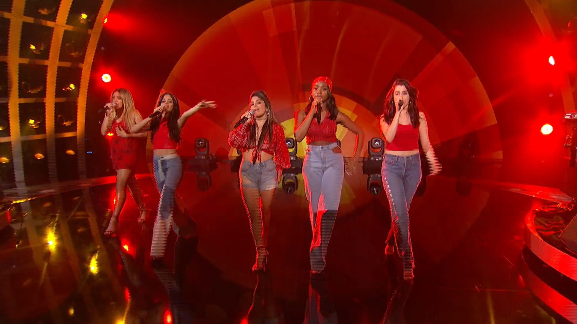 "FIFTH HARMONY - Destiny's Child Medley ""Say My Name / Independent Woman / Bootylicious / Survivor"""