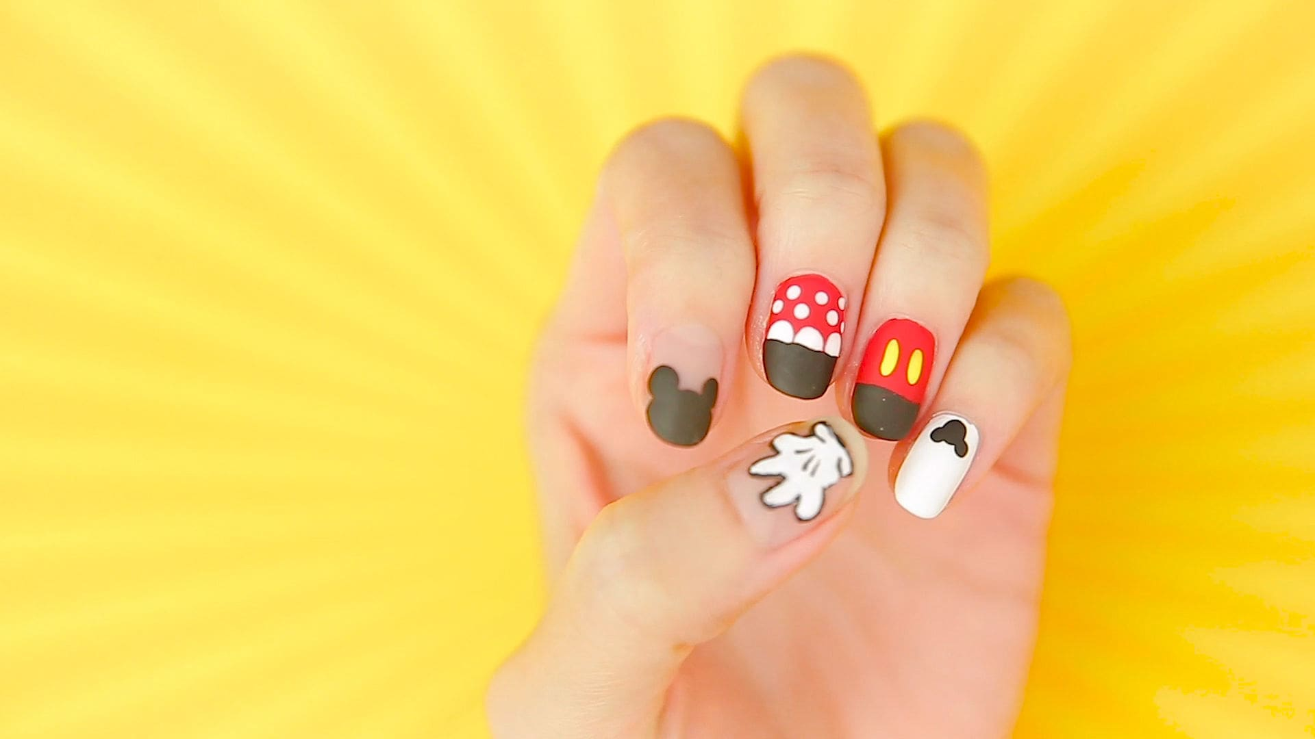 Mickey & Minnie Nail Art Tutorial