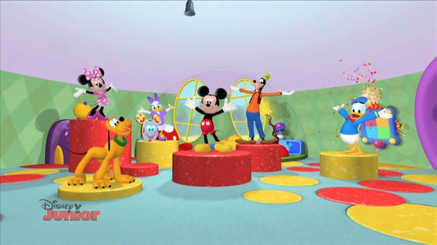 Mickey Mouse Clubhouse Super Adventure Hot Dog Dance