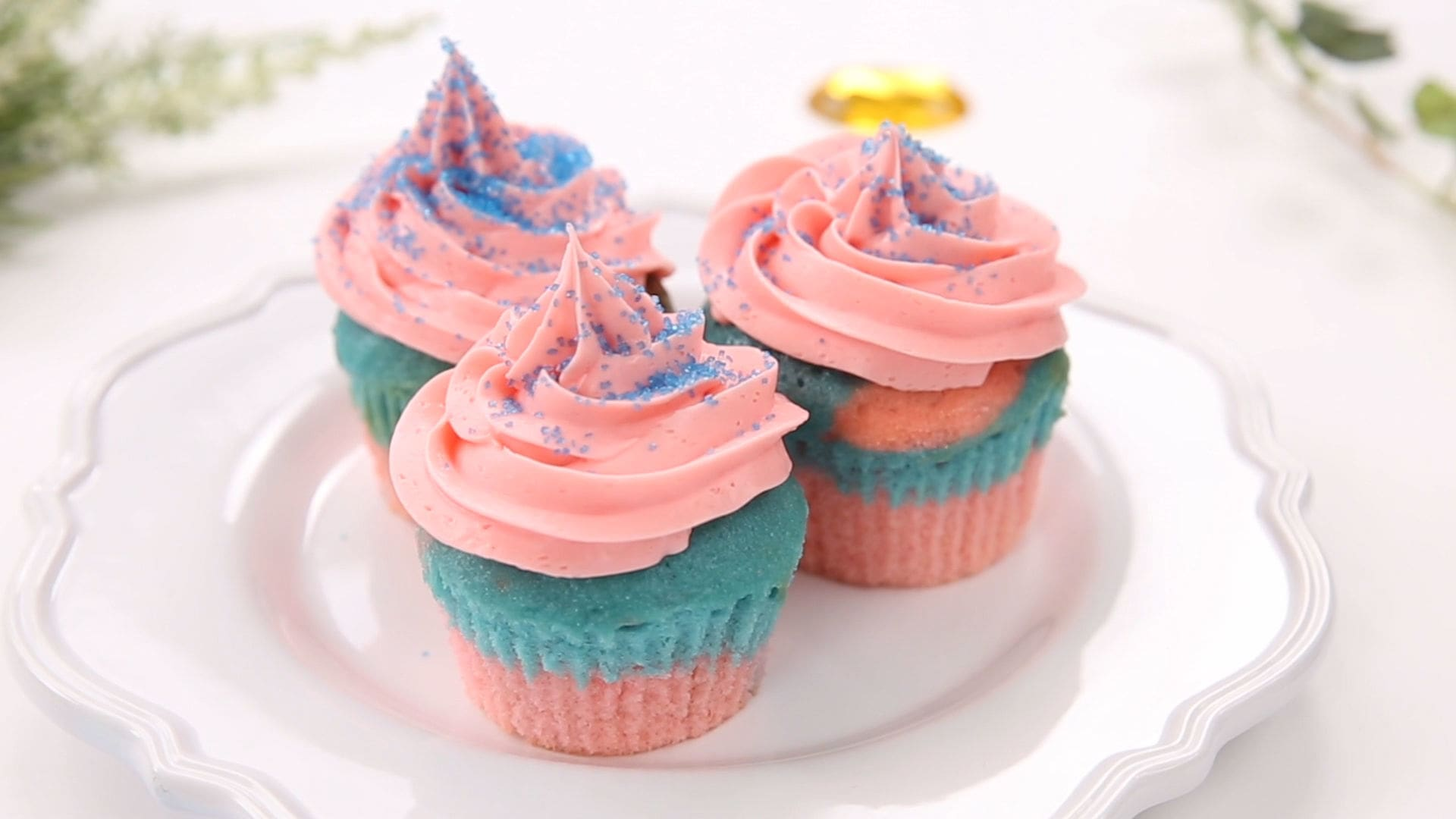 Aurora's Blue and Pink Cupcakes | Dishes by Disney