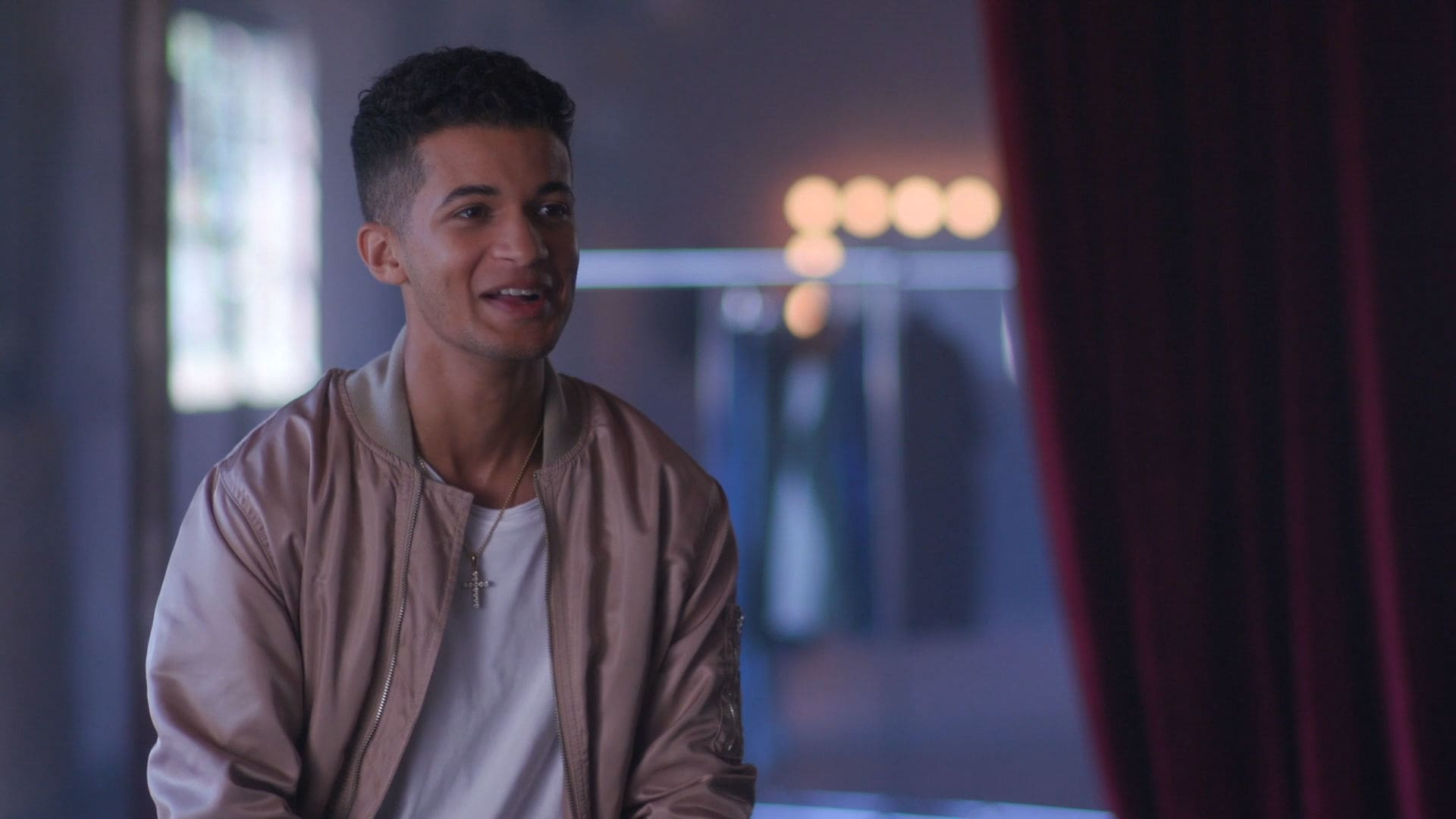 Jordan Fisher - Discovery | NBT | Radio Disney
