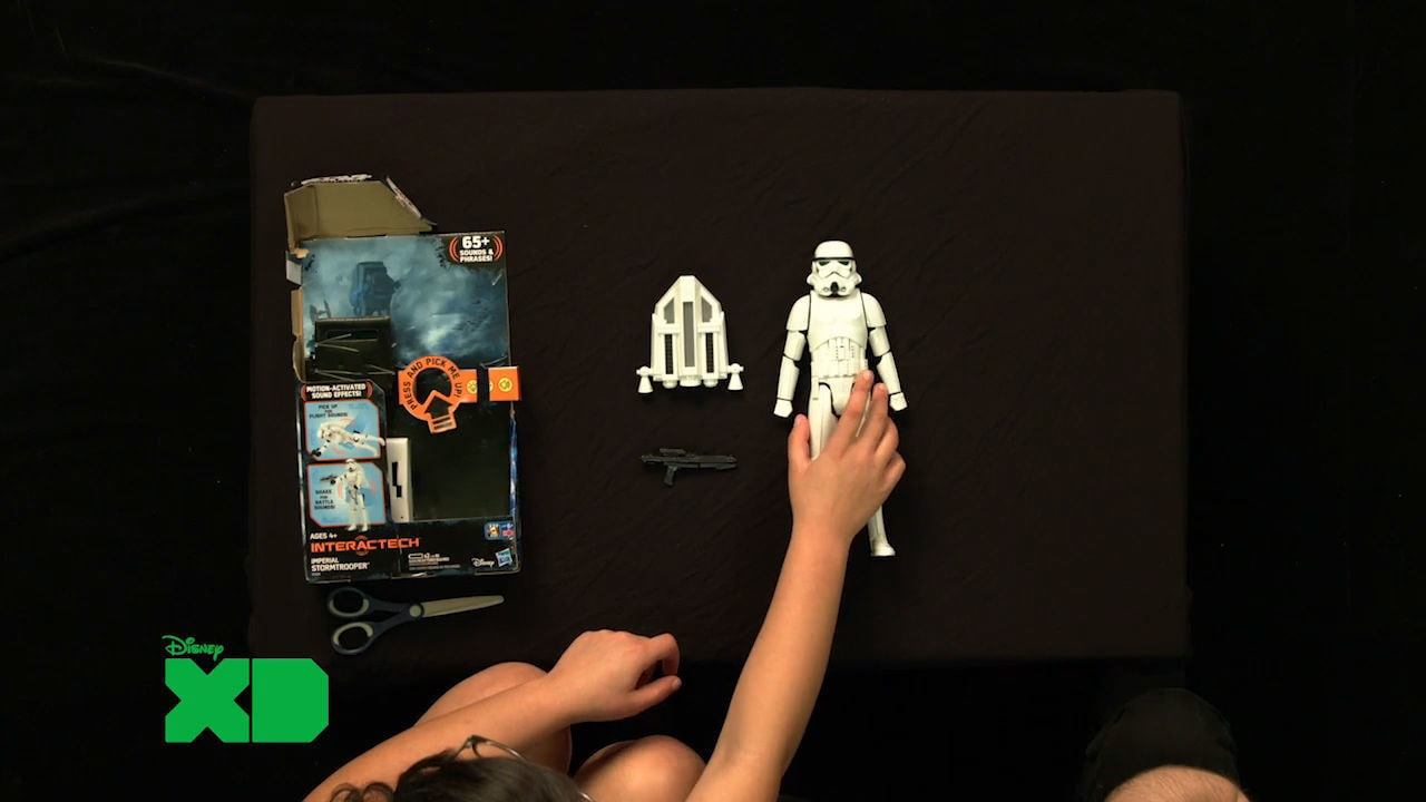 GameFest - First Look: Hasbro Star Wars Interactech Stormtrooper Unboxing