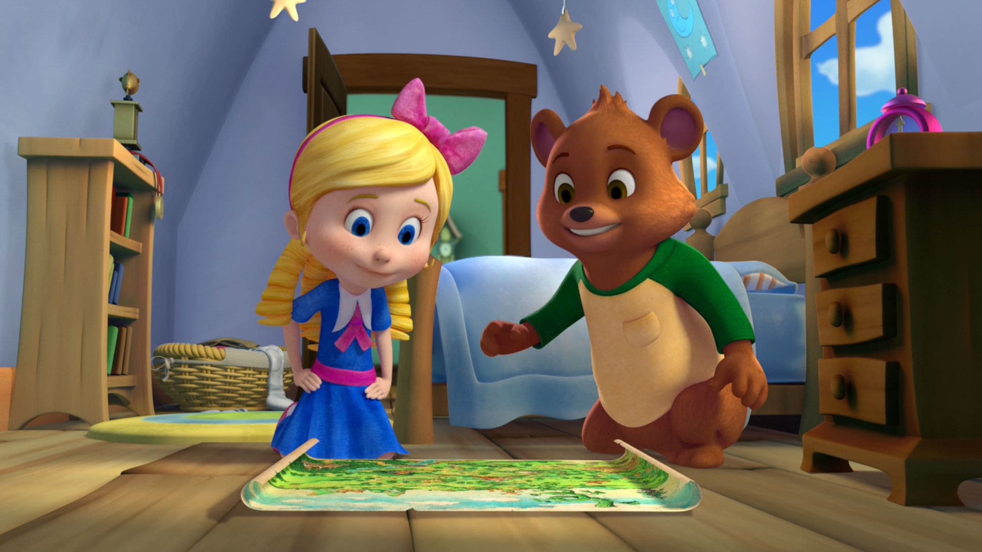 It is a photo of Dynamite Pictures of Goldie and Bear