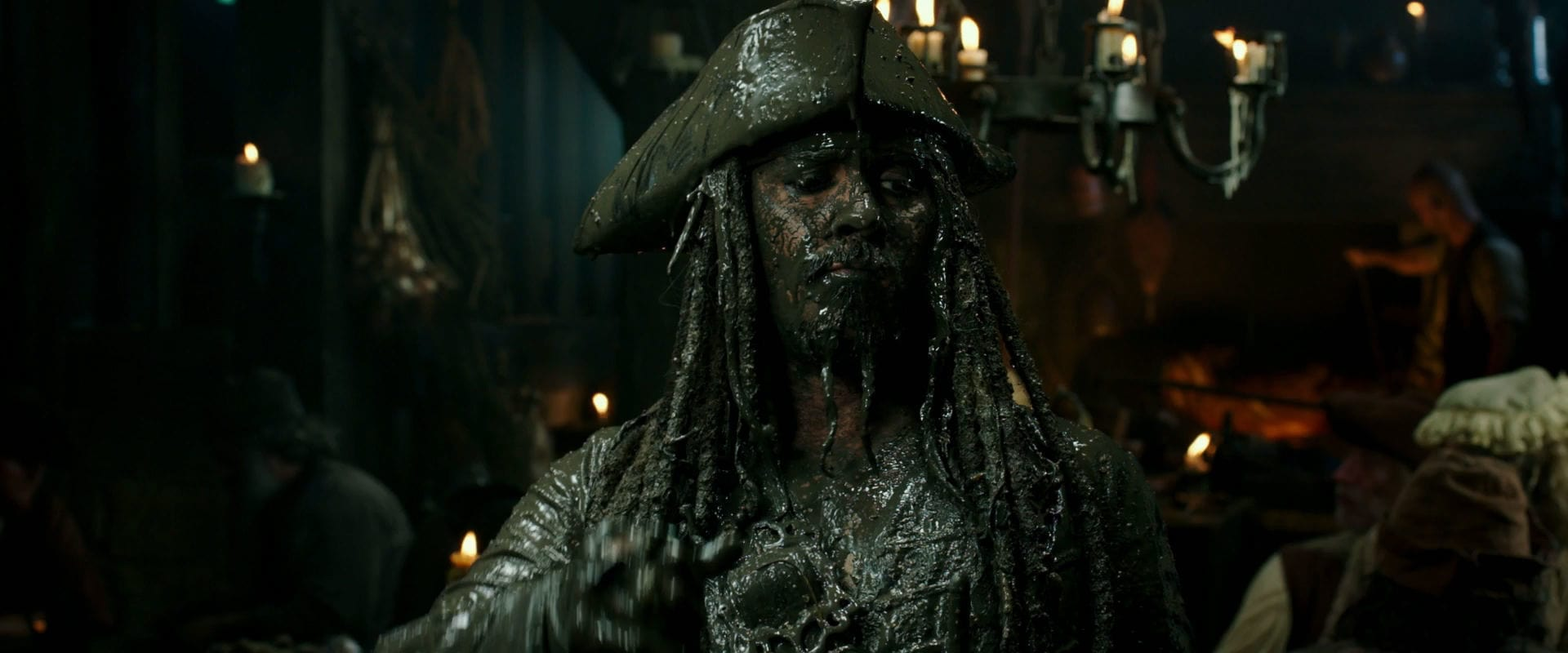 Pirates des Caraïbes : La vengeance de Salazar - Bande-annonce 2