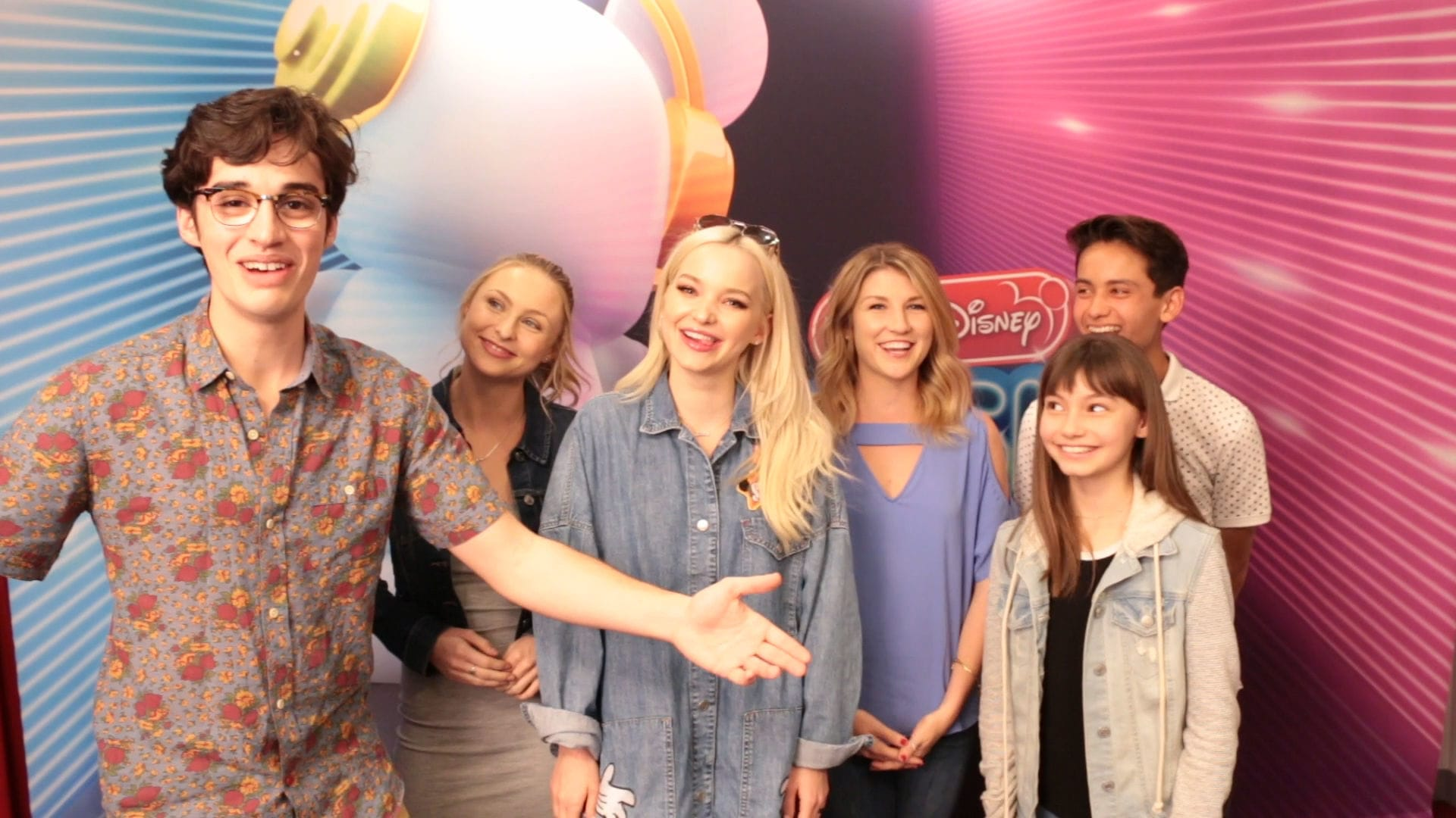 Liv and Maddie RDMA or Dare | Radio Disney Music Awards