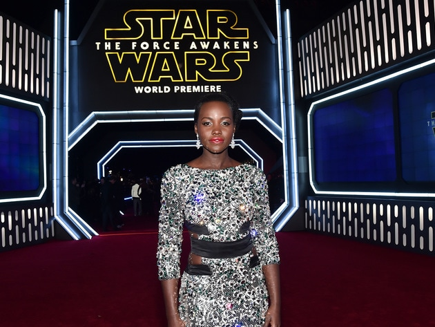 Lupita Nyong'o (Maz Kanata in The Force Awakens) poses on the red carpet at the film's US premiere.