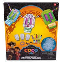 Image of Coco Skull Mask Garland Painting Kit by Mattel # 2