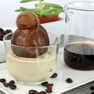 Cool Your Circuits with This BB-8 Affogato Recipe