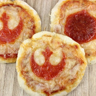 Deliciously Declare Your Allegiance with Resistance and First Order Pizza