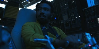Lando Talks Piloting the Falcon in New Solo: A Star Wars Story TV Spot