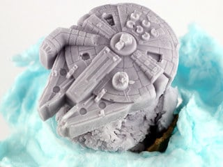 This Millennium Falcon Ice Cream Treat Truly Belongs Among the Clouds