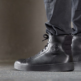 Po-Zu's Leather Resistance Sneakers: The Next Step in Rebel Fashion – Exclusive