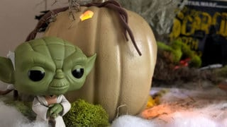 Mud Hole? Slimy? A Star Wars Halloween Mood Table This Is!