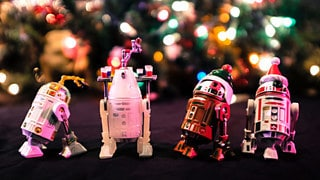 The Holiday Droids You're Looking For
