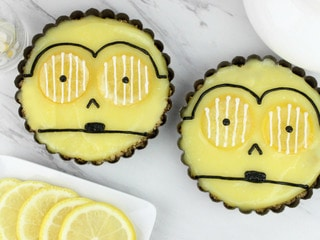 These Tasty C-3PO Tarts Are the Perfect Sidekick