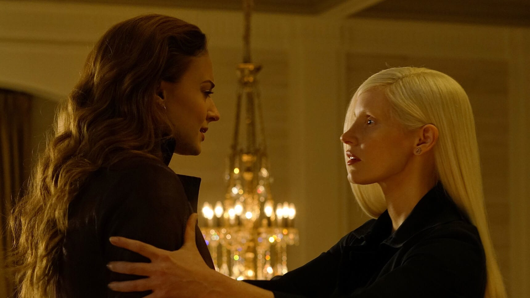 "Actor Sophie Turner (as Jean Grey/Phoenix), and Jessica Chastain (as Vuk) in the movie ""X-Men: Dark Phoenix"""