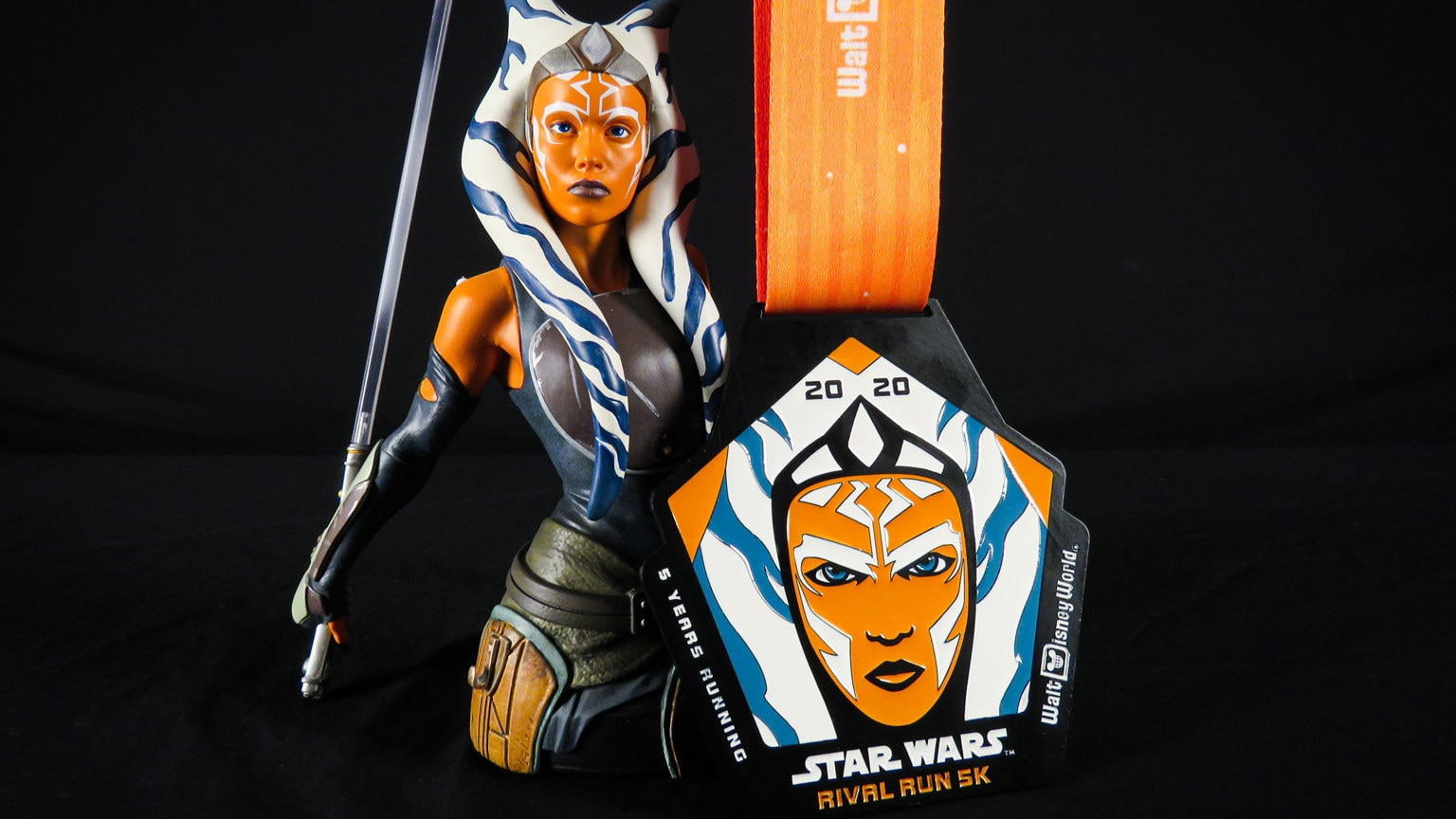 Ahsoka Tano, Yoda, and More Icons Star on runDisney's 2020 Star Wars Medals – Exclusive