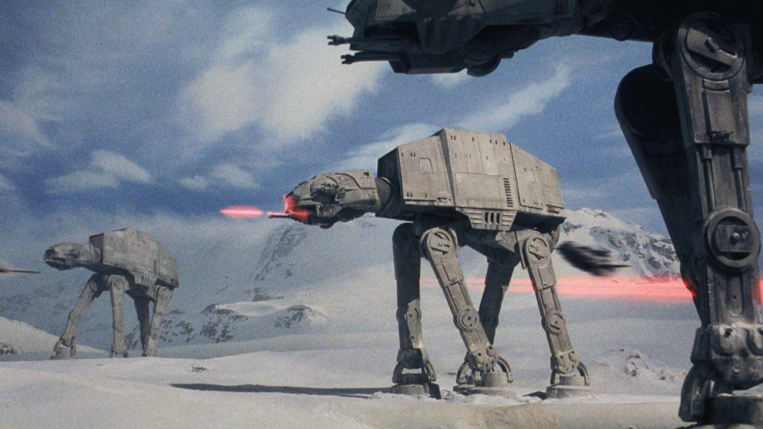 Empire at 40 | Snow Walkers, Stop Motion, and Dumpster Lids: An Oral History of the Battle of Hoth