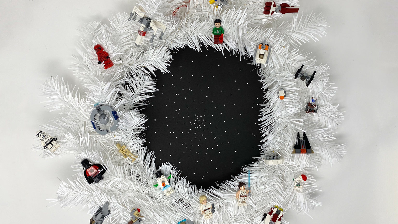Build Happy Holiday Memories with a DIYLEGO Star Wars Holiday Special Wreath