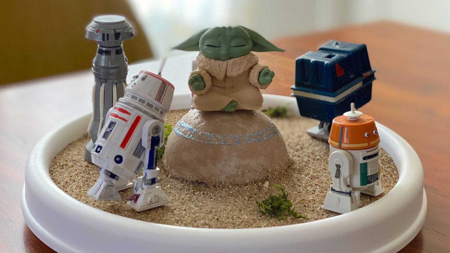 Your Favorite Action Figures Can Protect Grogu With This DIY Seeing Stone