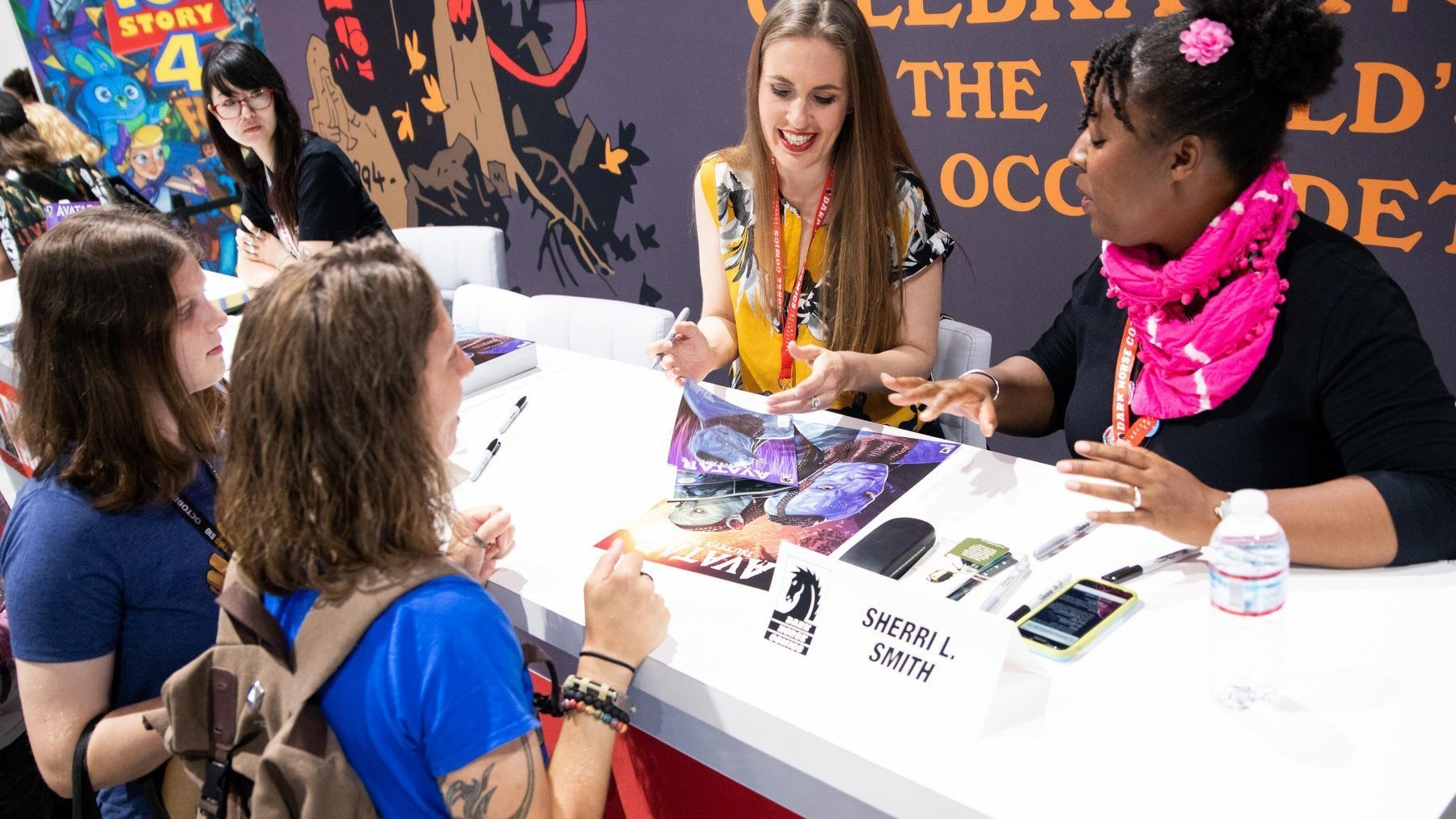Shea and Sherri discuss Avatar and the Avatar comics with fans