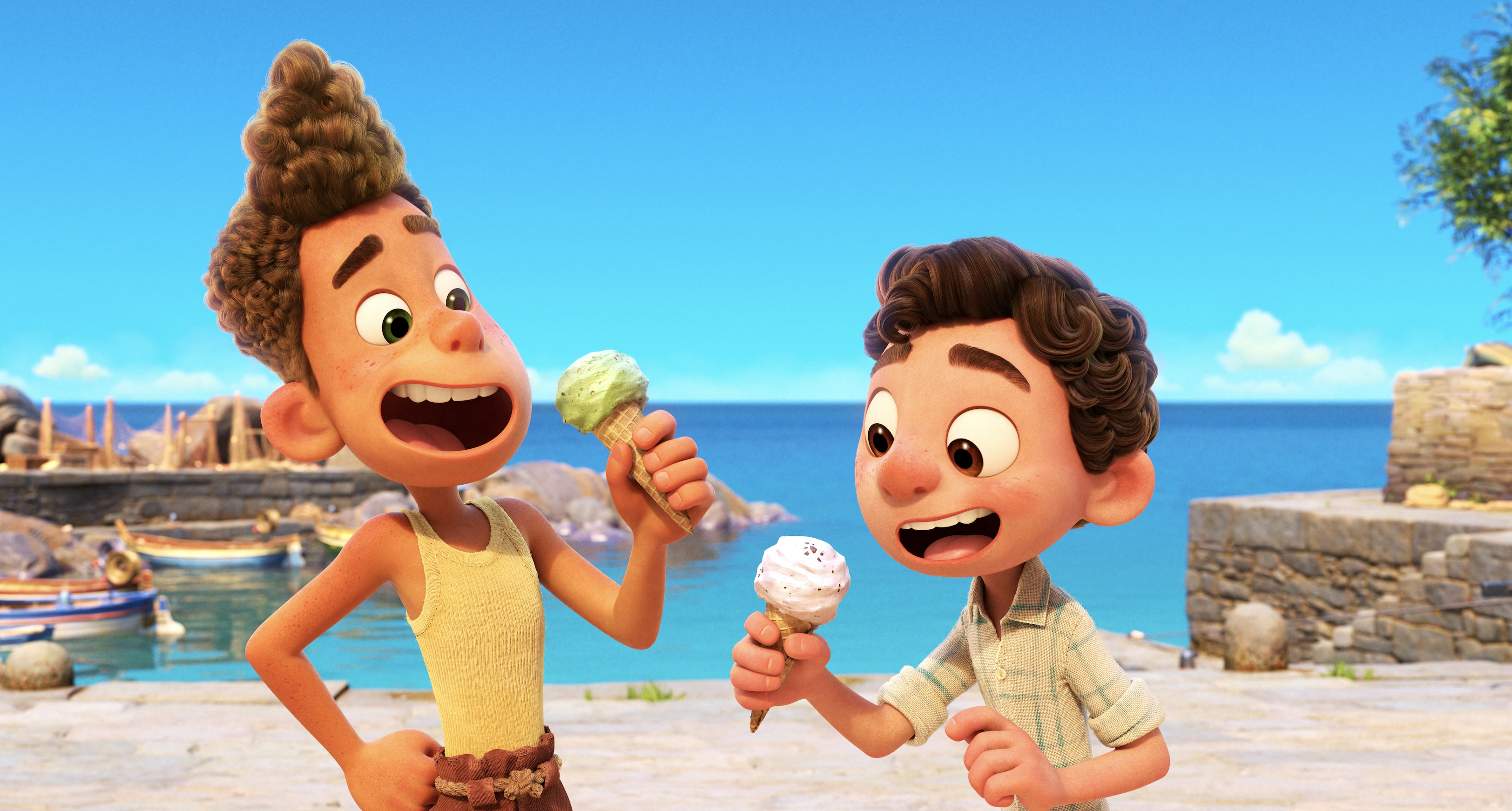 Luca and Alberto eat gelato