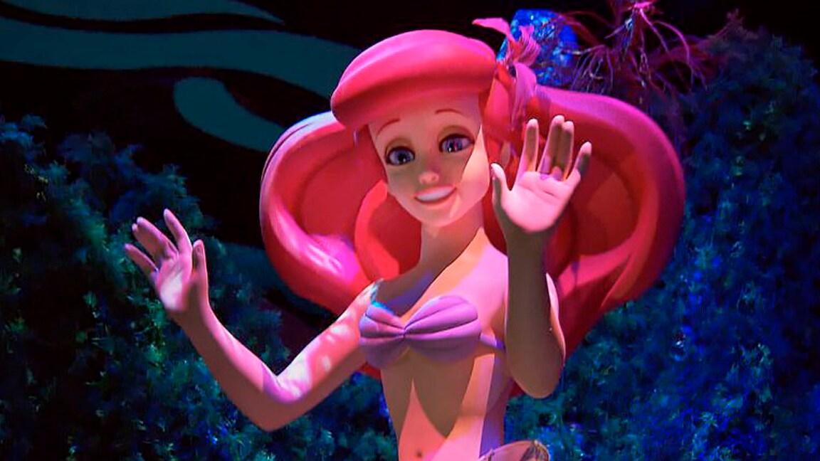 Mergulhe em The Little Mermaid ~ Ariel's Undersea Adventure no Disneyland Resort