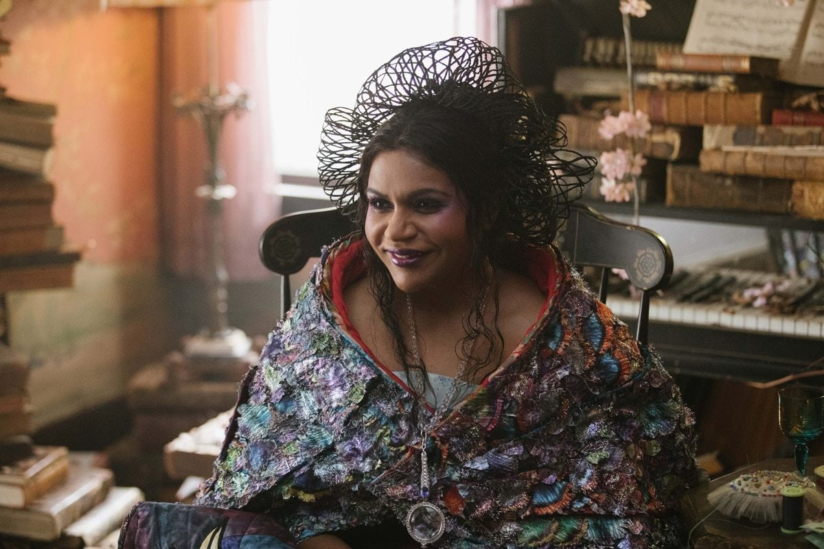 """Mindy Kaling as Mrs. Who in the film """"A Wrinkle in Time"""""""