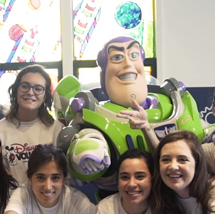 Disney VoluntEARS lleva magia a más de 1000 niños hospitalizados en Buenos Aires