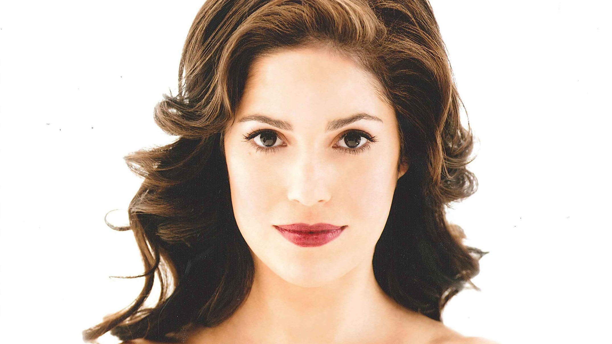 """Ana Ortiz plays """"Isabel"""" in the Disney+ original series, """"Love, Simon"""" Photo credit: Guiliano Bekor Represented by The Gersh Agency and managed by GEF Entertainment."""