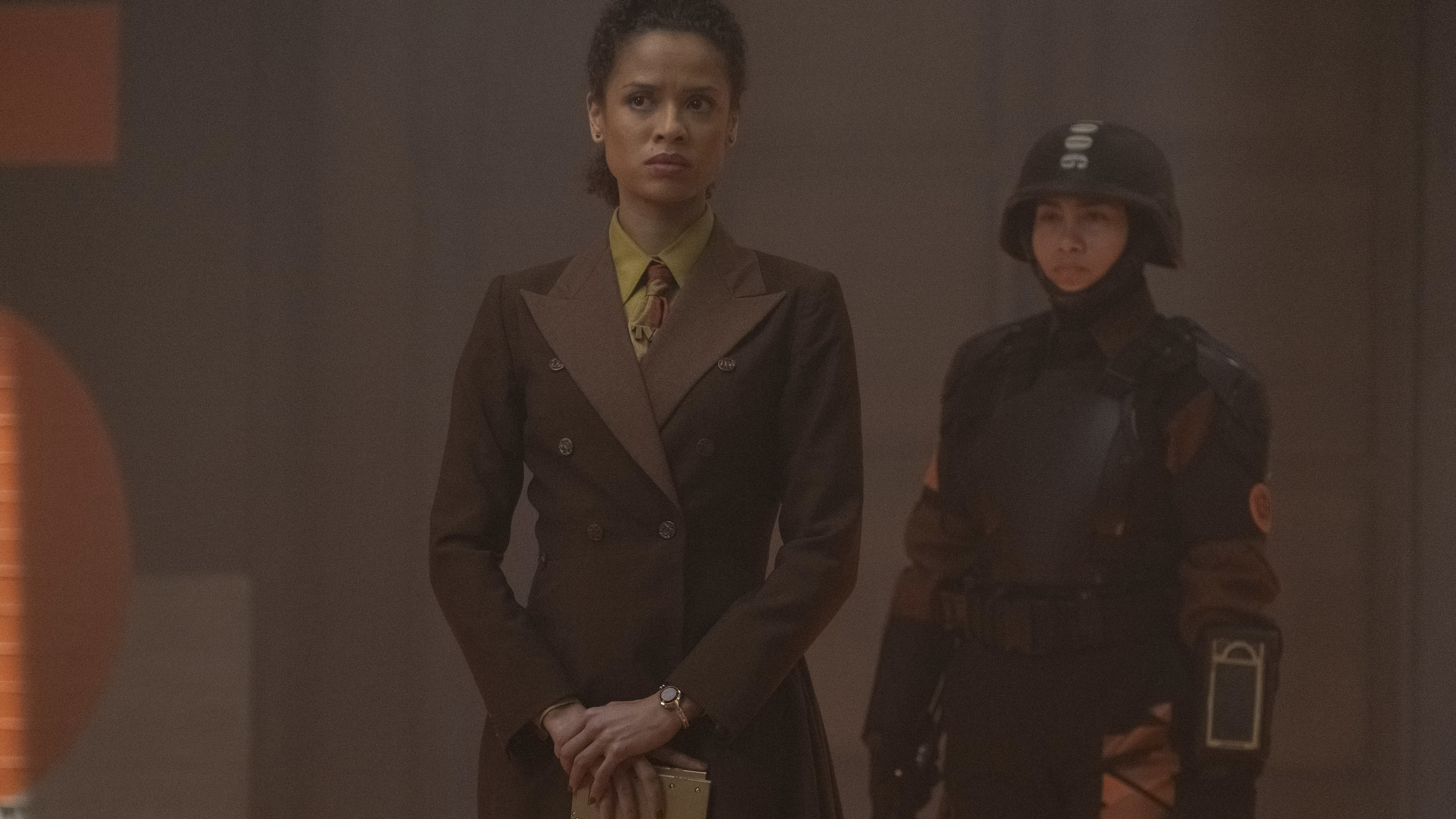 (L): Judge Renslayer (Gugu Mbatha-Raw) in Marvel Studios' LOKI, exclusively on Disney+. Photo by Chuck Zlotnick. ©Marvel Studios 2021. All Rights Reserved.