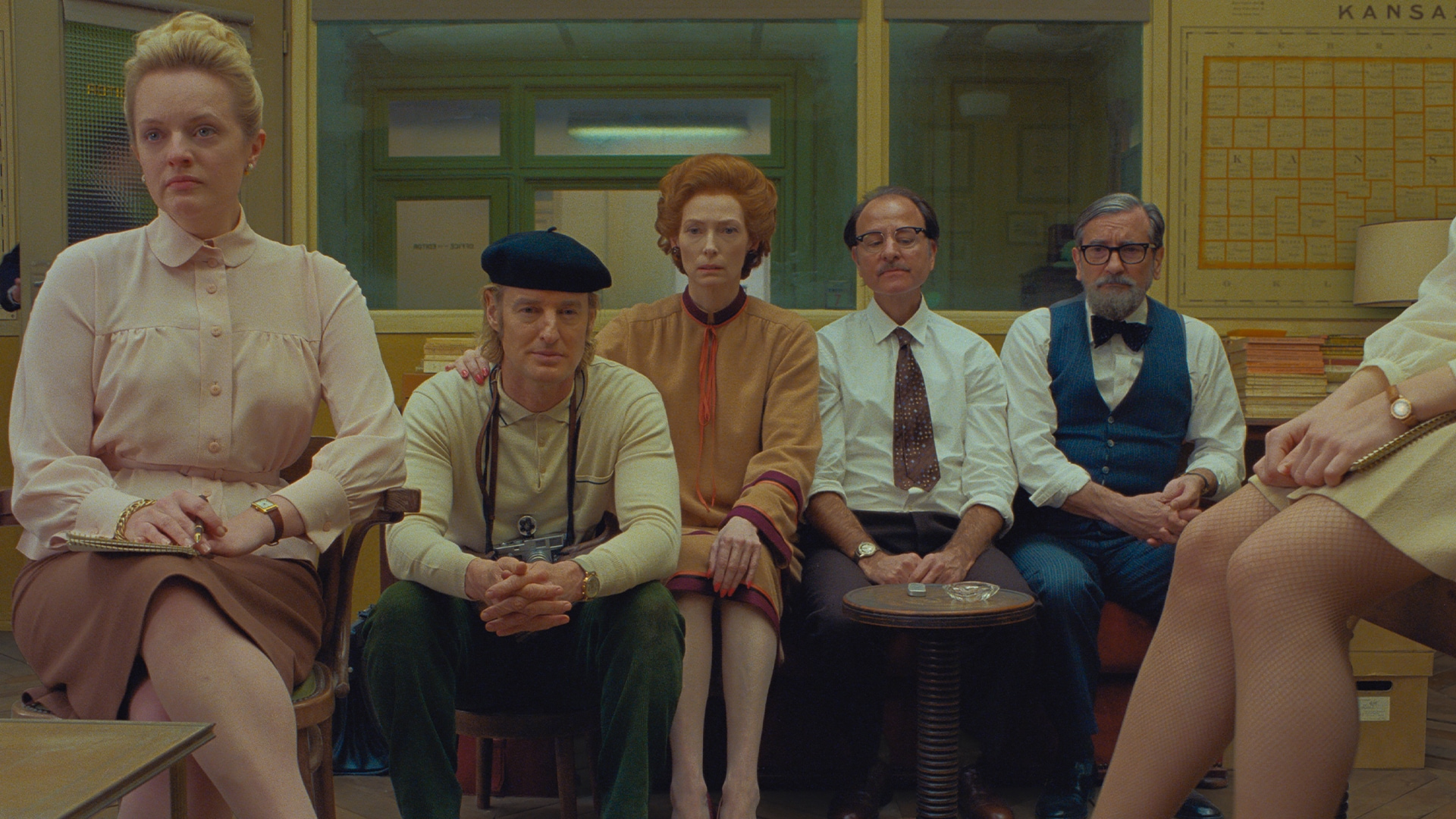 Elisabeth Moss, Owen Wilson, Tilda Swinton, Fisher Stevens and Griffin Dunne in the film The French Dispatch